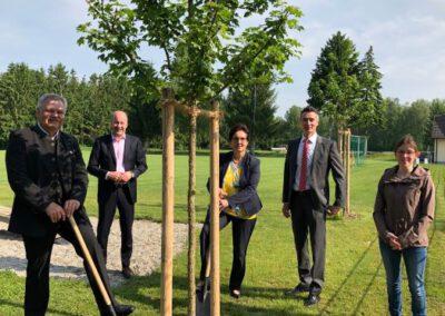LPV-Projekt 1000 Bäume für die Zukunft, Pflanzung Ellgau, Juni 2021
